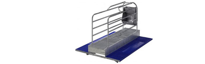 Balance Floor Farrowing System